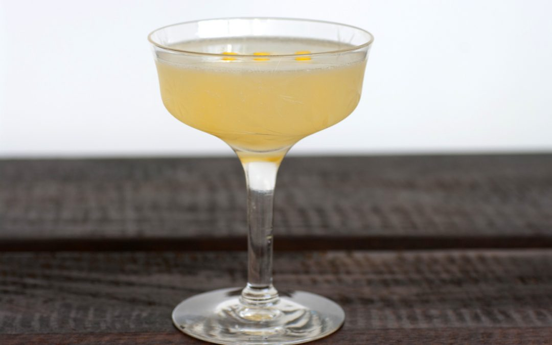 Bee's Knees Prohibition cocktail